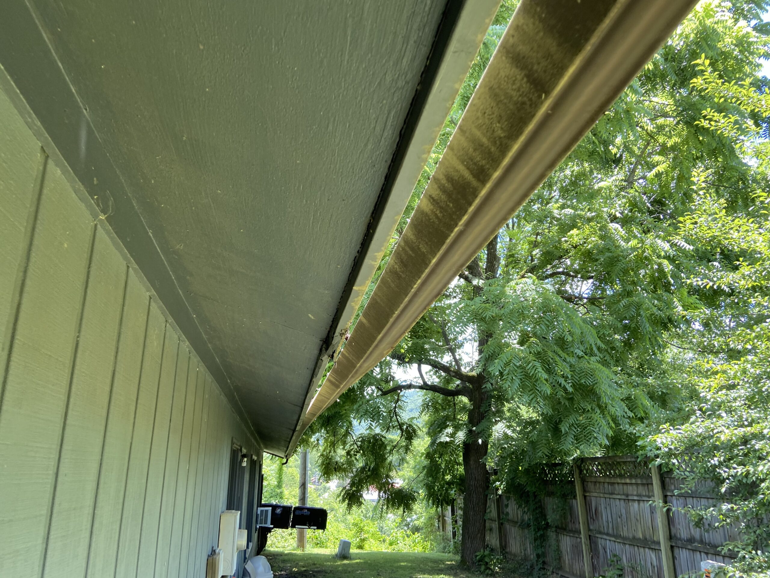 Existing Gutters Have Wind Damage